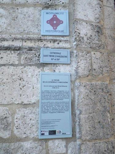 plaque-monument-historique-sur-mesure