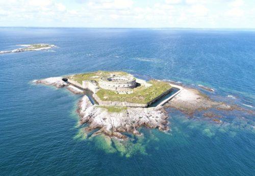 Biodiversité, patrimoine, tourisme : lavenir incertain des îles Saint-Marcouf
