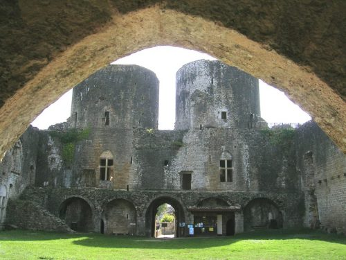 Médiation culturelle et animation locale au château de Villandraut